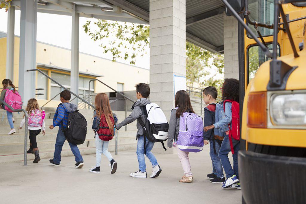 Volta às aulas presenciais: como reabrir as escolas em meio à pandemia?